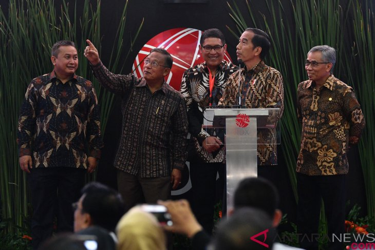President Jokowi closes jci 2018 at Jakarta stock exchange