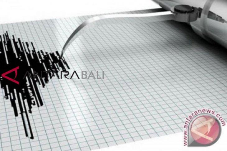 Getaran gempa di Bali terasa hingga Lombok