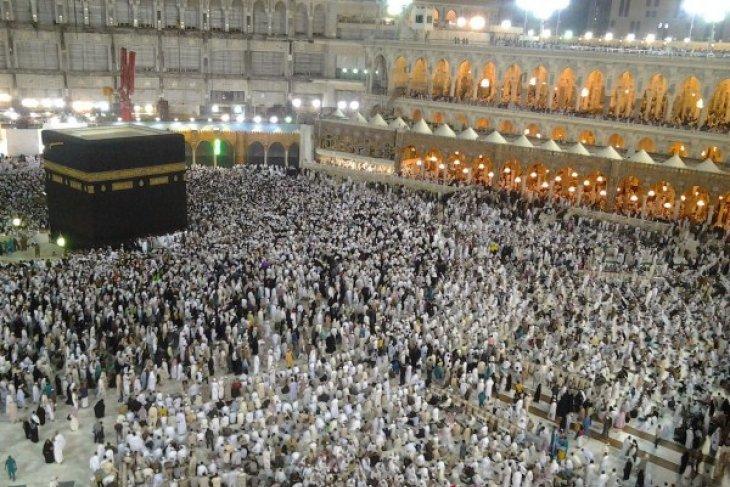 Arab Saudi tunda umrah hingga Idul Fitri