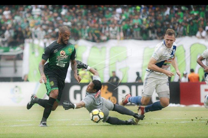 PSIS Semarang menjamu Persebaya tanpa penonton