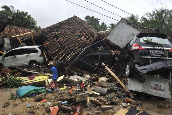 16 warga Karawang jadi korban tsunami di Pandeglang