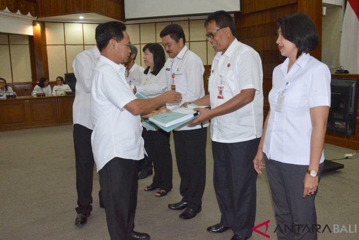 Gubernur  Bali minta koperasi terus genjot kualitas