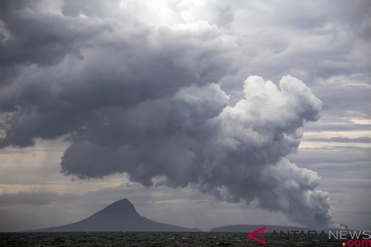 Mount Anak Krakatau still on standby status