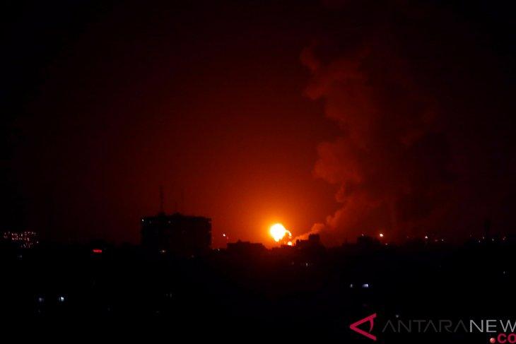 Israeli jets strike eastern Gaza: witnesses
