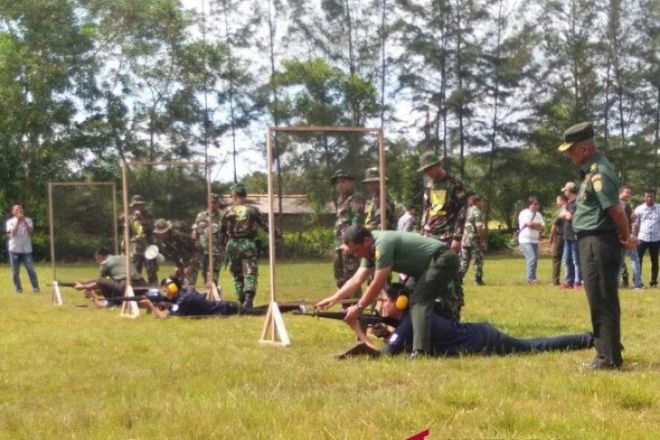 Tingkatkan silaturahmi, Korem 045 Garuda Jaya gelar latihan menembak eksekutif