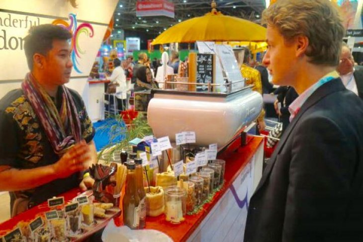 Promotion of Indonesian coffee, traditional beverages in Madrid draws visitors