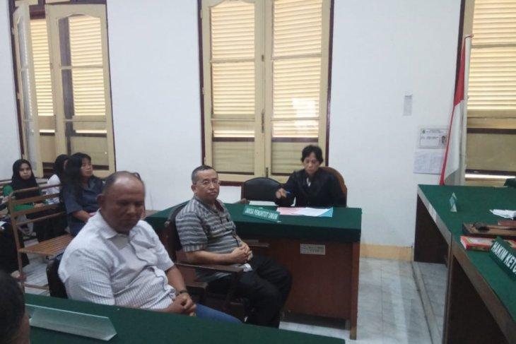 Mantan Bupati Tapteng dituntut tiga tahun karena kasus penipuan