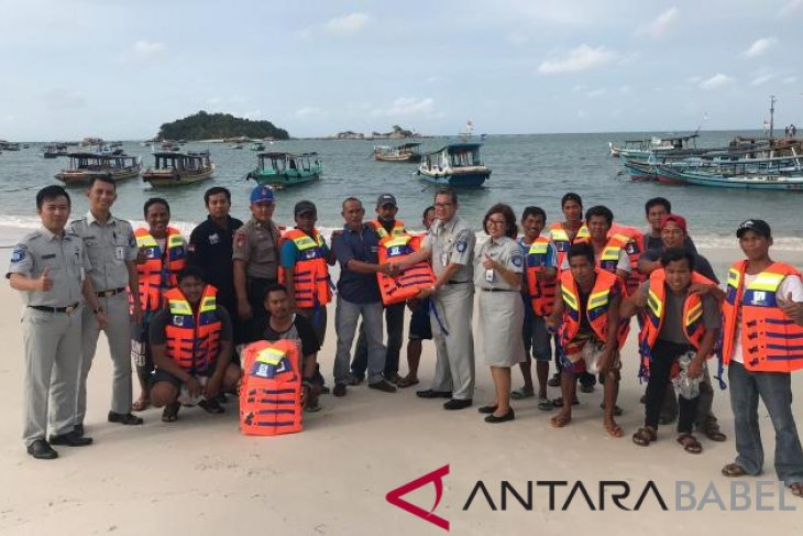 Jasa Raharja Babel asuransikan kapal wisata Laskar Pelangi