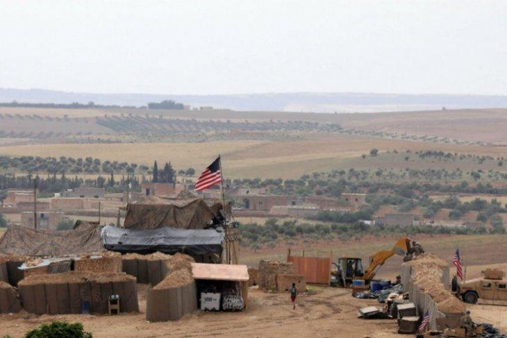Berita Dunia - Militer AS penjarakan dua petinggi ISIS