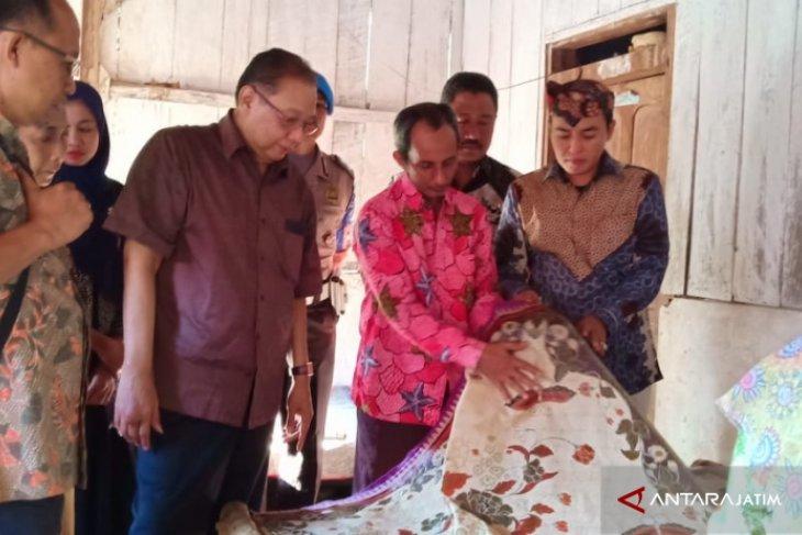 Menteri Koperasi Kunjungi Sentra Batik Tulis Pamekasan
