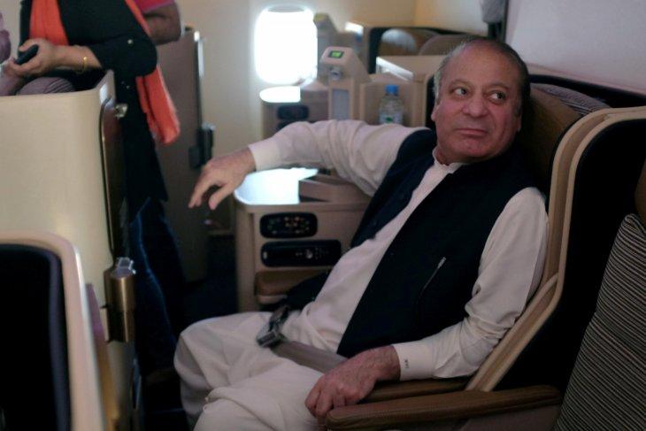 Mantan PM Pakistan tuduh panglima militer gulingkan pemerintahannya