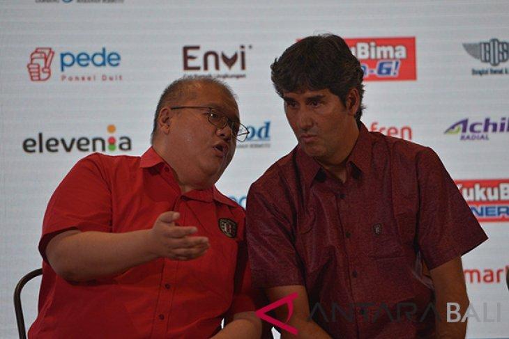 Pelatih dan pemain baru Bali United