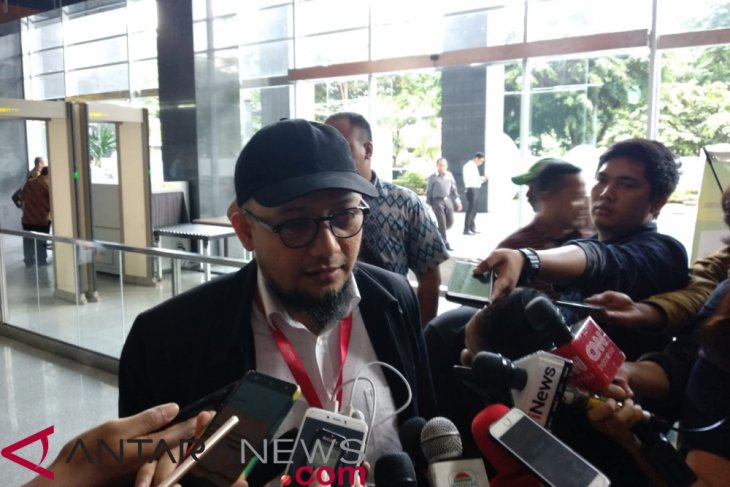 Jokowi to monitor joint fact-finding team in Novel Baswedan case