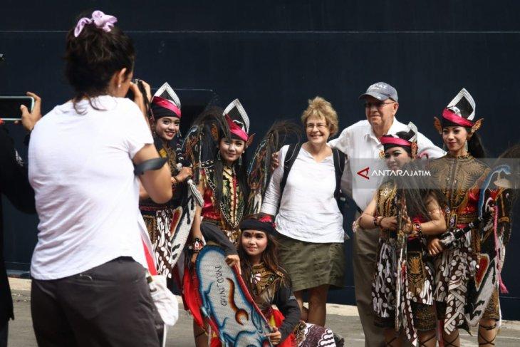 Kunjungan wisatawan mancanegara ke Jatim turun drastis