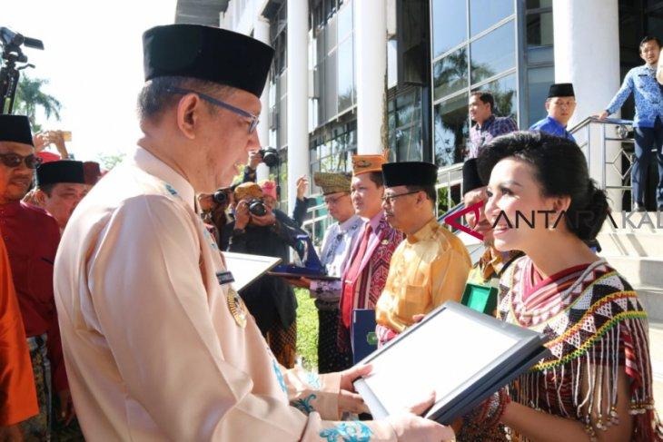 Lima penghargaan untuk Pemkab Landak di HUT ke-62 Pemda Kalbar