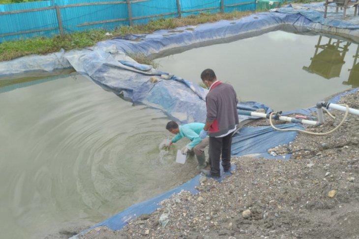 Lokasi penumpukan limbah B3 dipasangi garis polisi