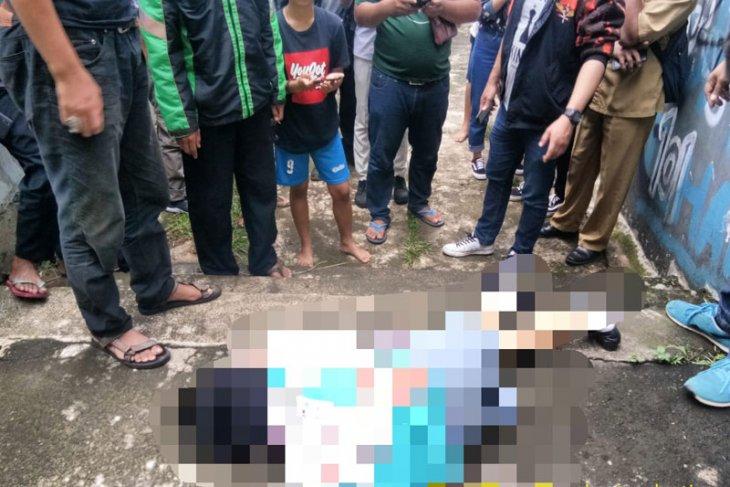 Pelaku penikaman siswi SMK di Bogor terekam CCTV