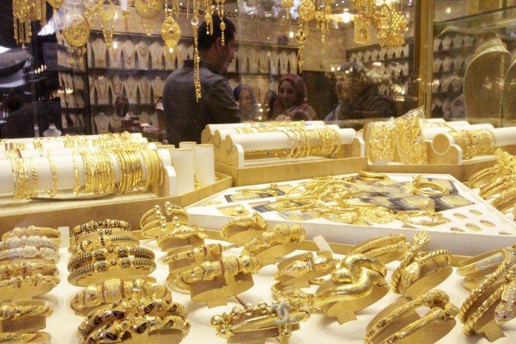 Emas berjangka naik didorong pembelian 'safe haven' dan penurunan pasar ekuitas As
