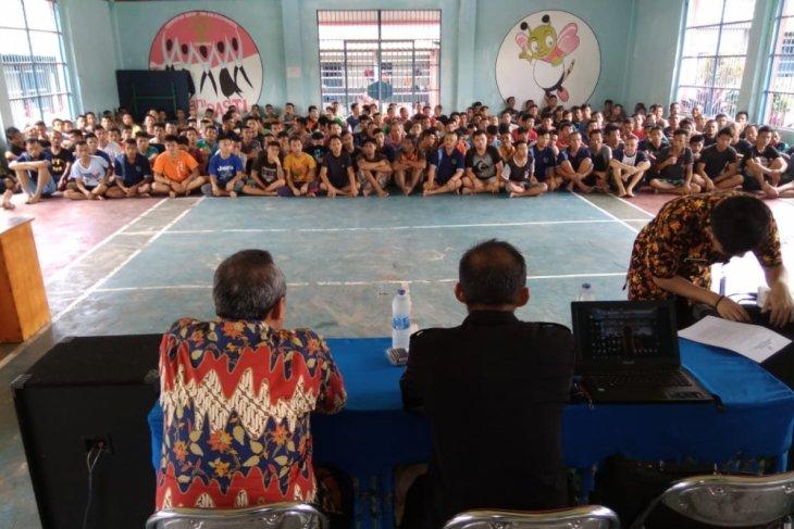 Ratusan warga binaan Rutan Bengkayang ikut sosialisasi pemilu