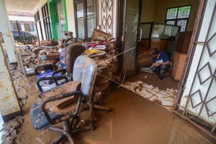 Pascabanjir Bandang Pasar Jati