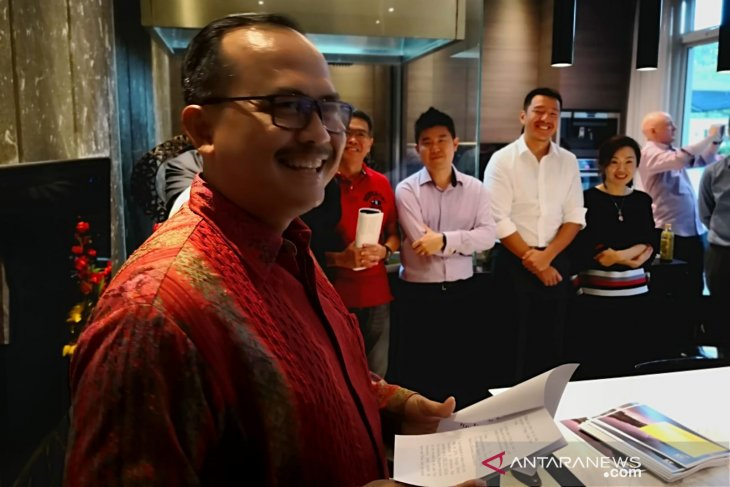 Ambassador ngurah urges university of diponegoro students to harbor optimism