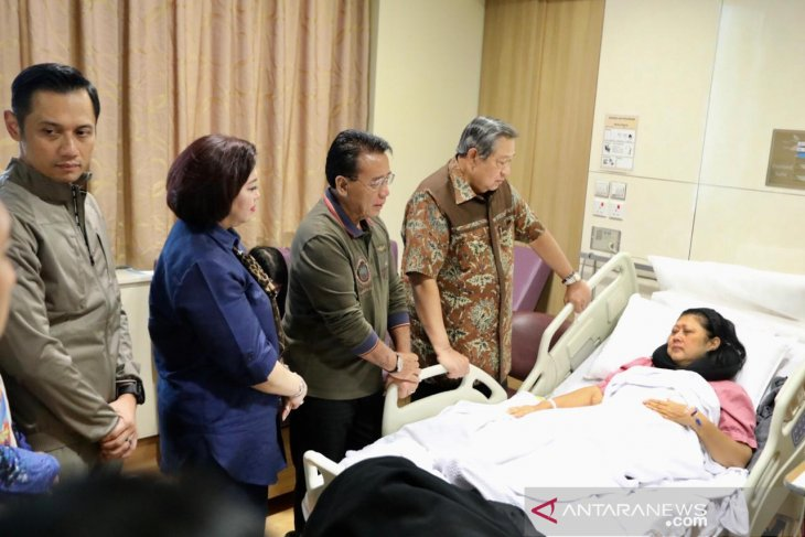 Former Indonesian first lady treated for blood cancer in Singapore