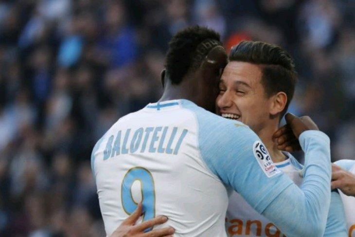 Balotelli bawa Marseille naik ke empat besar Liga Prancis