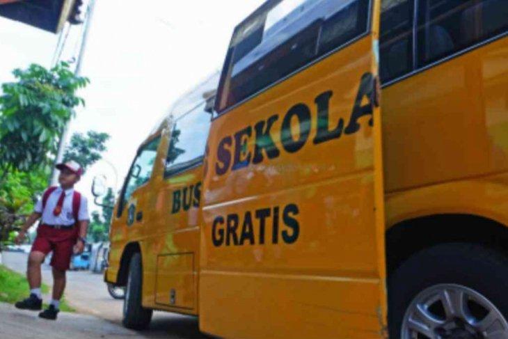 Pemkab Bekasi sediakan bus sekolah gratis