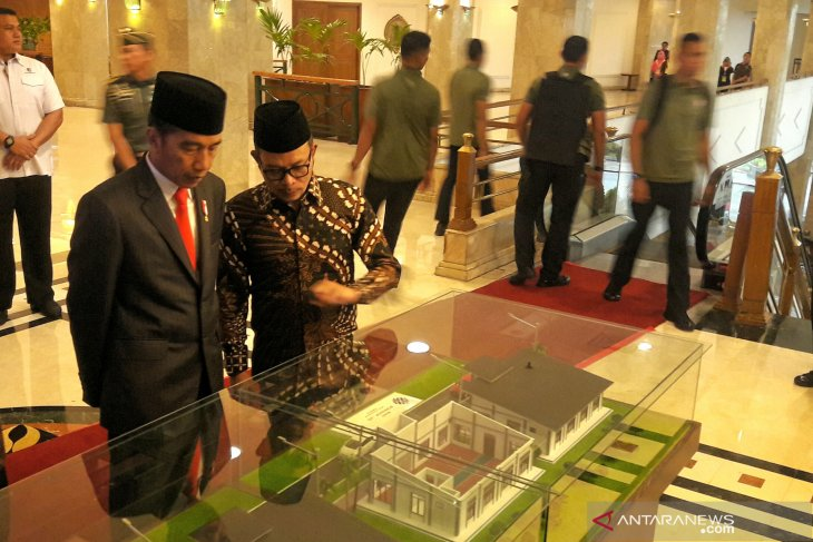 Jokowi hopes training center in pesantren will effectively improve skills