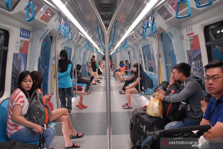 Using MRT to go around Kuala Lumpur