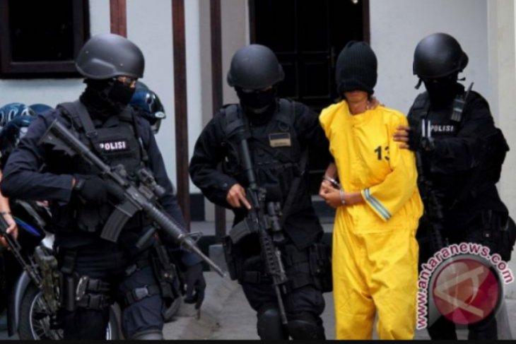 Densus 88 amankan 10 orang terduga teroris di Merauke