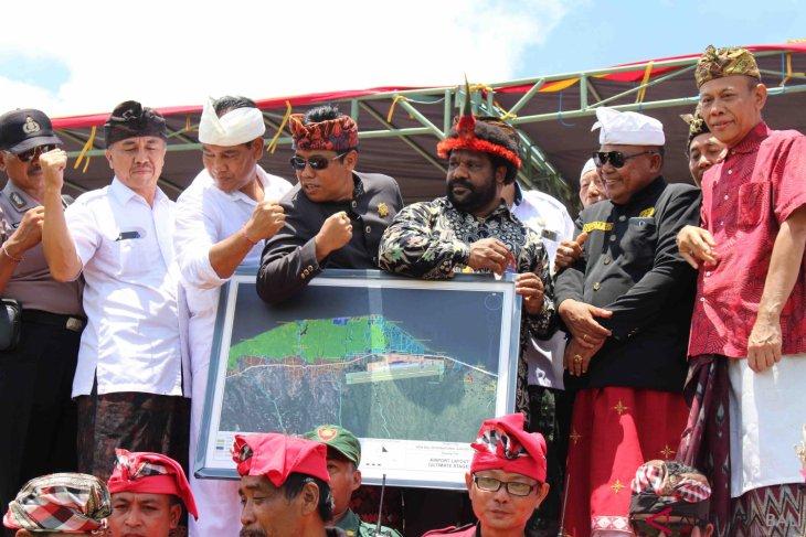 Staf Khusus Presiden tinjau lokasi Bandara Buleleng