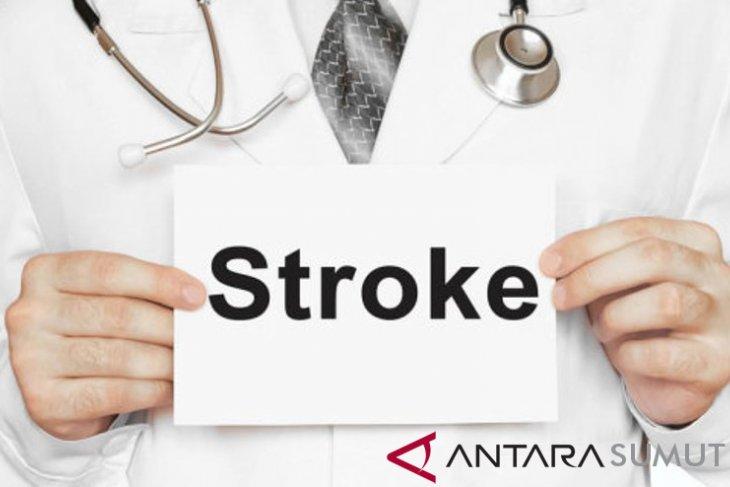 Awas, makanan tinggi kalori saat Lebaran bisa picu hipertensi dan stroke