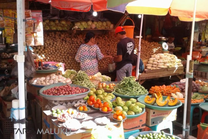Harga cabai dan bawang di pasar Ambon naik Rp15.000kg