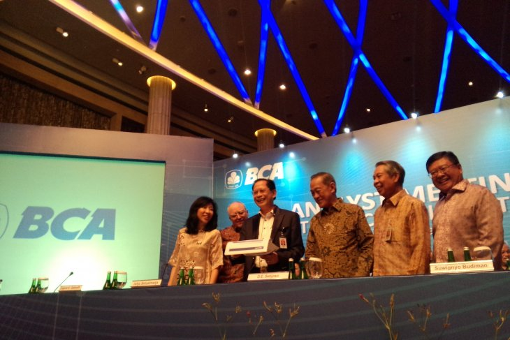 BCA`s net profit increased 10.9 percent to Rp25.9 trillion last year