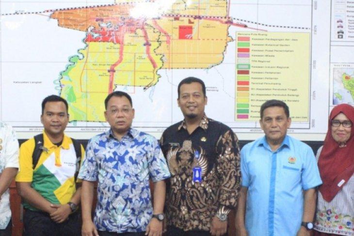 305 pegawai Kemenkumham Cipurwabesuka diangkat PNS