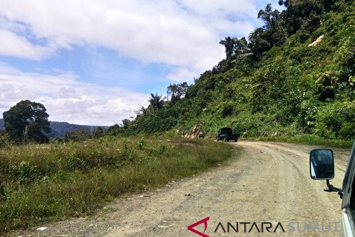 Jalur alternatif Jalan Nasional Lintas Tengah Batu Jomba bisa dilalui