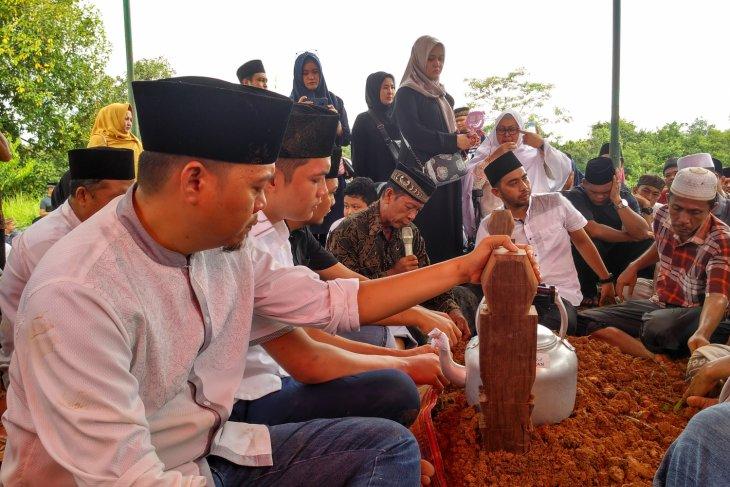 Pemkab Batanghari sampaikan belasungkawa atas meninggalnya H Abdul Fattah