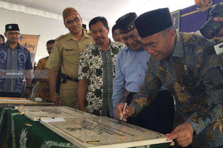 Dorong Kreativitas, Mendikbud Resmikan Laboratorium Seni Budaya SMK Muhammadiyah 5 Kepanjen