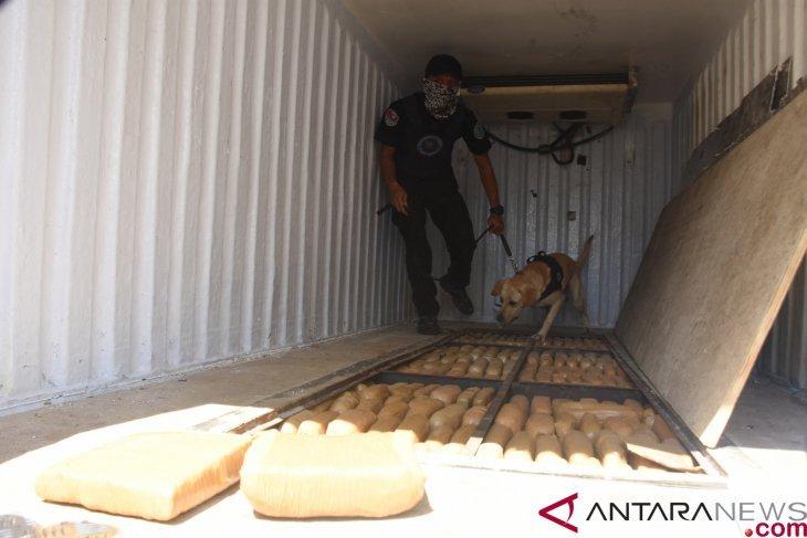 BNN amankan 1,4 ton ganja dan lima tersangka