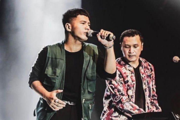 Yusuf Ubay gantikan Giring sebagai vokalis Nidji