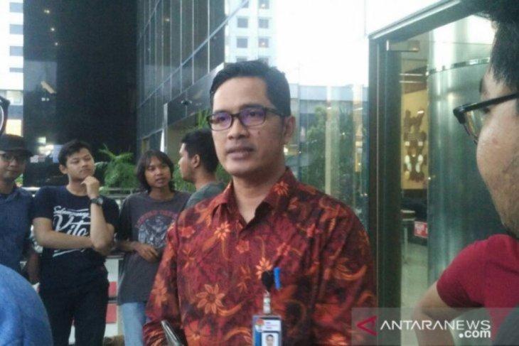 KPK cegah 13 tersangka suap RAPBD Jambi ke luar negeri