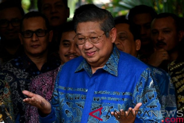 SBY orders his party cadres to keep monitoring post-election situation