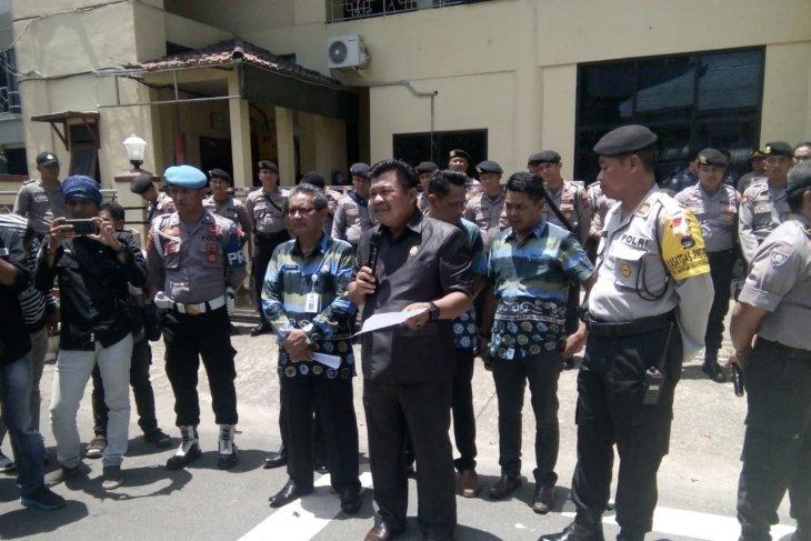 Dewan undang eksekutif bahas tuntutan buruh sawit