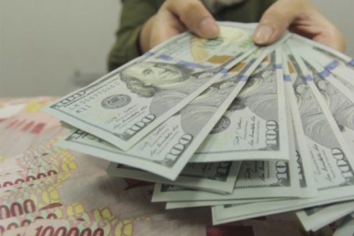 Dolar menguat setelah Amerika dan China kurangi ketegangan perdagangan