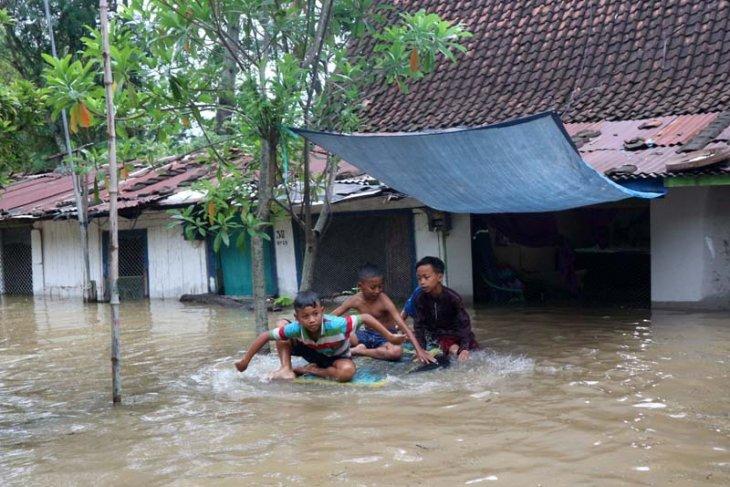 PJT minta hilir Jatim tetap waspada banjir