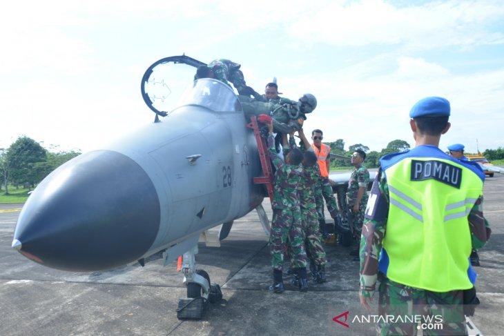 Lanud Supadio Pontianak latihan pengamanan pesawat asing