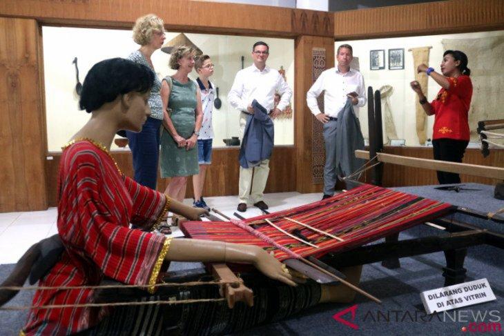 Museum Siwalima rencanakan pameran di Seram