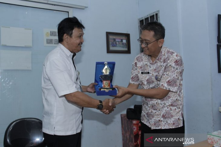 Pemkab Bogor Studi Banding Perizinan online Kubu Raya