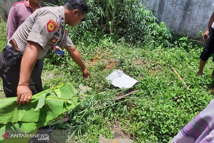 Miris, warga Pondok Kelapa temukan bayi dalam kantong plastik hitam